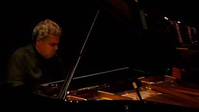 Photos : Concert N°1 — ARCADI VOLODOS : Au-delà du piano…